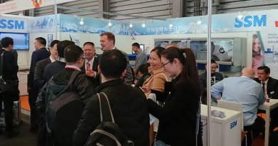SSM showed two new product launches for the first time at the ShanghaiTex 2017